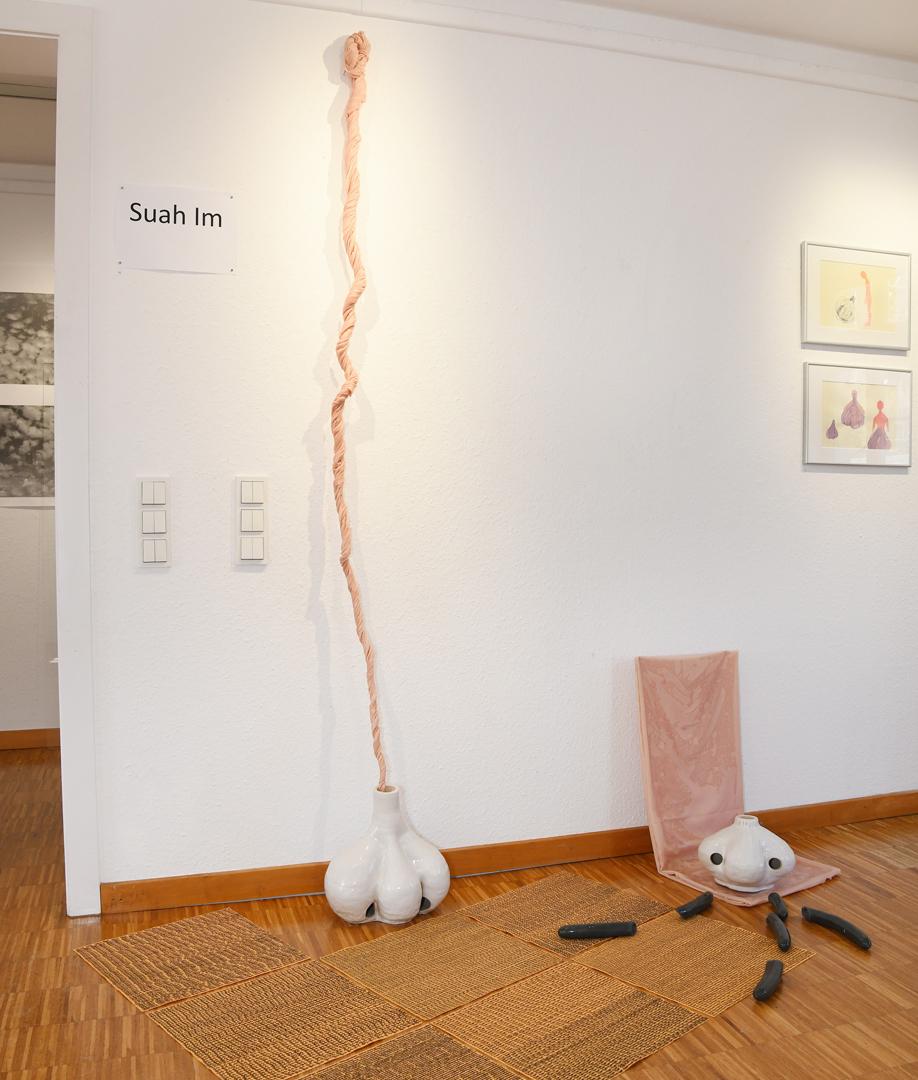 Suah Im, Knoblauch-Nase Installation, 2021
