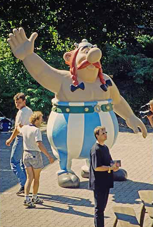 Überlebensgroßer Obelix